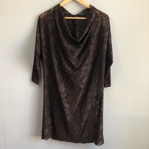 #love_sewn by Nicole Paloma stretch lace tunic M.
